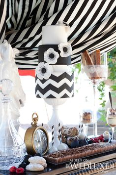 Original Pinner said: Gorgeous Chevron Black and White Wedding Cake. But I'd loose the flowers and have it as my birthday cake. Black And White Wedding Theme, White Wedding Cakes, White Weddings, Chevron Cakes, Black White Cakes, Fondant Cake Designs, Wedding Cake Inspiration, Wedding Ideas, Wedding Shoot