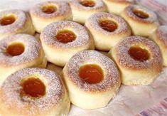 Koláče Archives - Page 5 of 69 - Báječná vareška Sweet Desserts, Sweet Recipes, Cake Recipes, Czech Recipes, Hungarian Recipes, Sweet Pastries, Baked Donuts, Sweet Tooth, Cheesecake