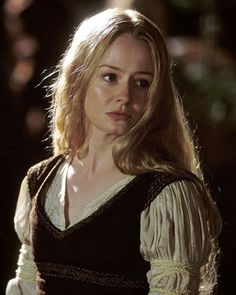 Miranda Otto as Eowyn in The Lord of the Rings, The Return of the King O Hobbit, The Hobbit Movies, Jackson, Lotr, J. R. R. Tolkien, Shield Maiden, Fellowship Of The Ring, The Lord Of The Rings, Aragorn