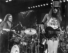 Joe Cocker (left) and Leon Russell onstage at the Fillmore East, March 27, 1970, one of the shows recorded for Mad Dogs & Englishmen