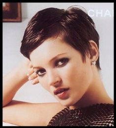 This is still my favorite short hair. Kate Moss