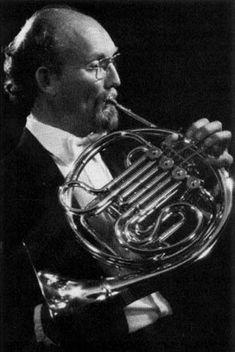 Charles Kavalovski