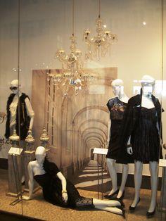 #moda #mujer #black #escaparate #WindowsDisplay