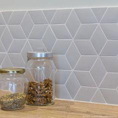 Small Diamond Tiles X Normandy Ceramics Decoration Parisienne Small Bathroom Tiles, Modern Kitchen Tiles, Small Tiles, Easy To Digest Foods, Kitchen Colour Schemes, Ceramic Decor, Normandy, Kitchen Backsplash, Backsplash Ideas