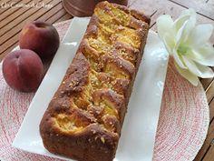 Un cestino di ciliege: Plumcake con Pesche e Mandorle