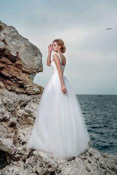 Svadobné šaty ELISA Wedding Dresses, Fashion, Boyfriends, Bride Dresses, Moda, Bridal Gowns, Fashion Styles, Weeding Dresses, Wedding Dressses