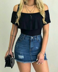 Body preto com saia jeans look outfit looks casuais femininos, roupas legai Teenage Outfits, Teen Fashion Outfits, College Outfits, Fashion Models, Girl Outfits, Denim Fashion, Teenager Fashion, Outfits Mujer, Fashion 2016