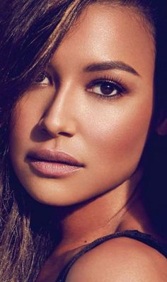 Naya Rivera... Love her and her make up