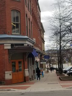 Saint John New Brunswick, Saints, Street View