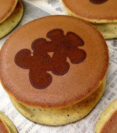 ロゴどらの   どら焼き japanese food  sweets  wagashi dorayaki http://logodora.jp
