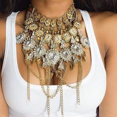 Pinterest: dopethemesz ; bougie glam aesthetic; this takes statement necklace to a whole new level, haha