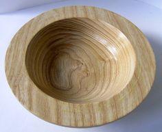 Hand gedreht Holzschale von MadeInMorley auf Etsy