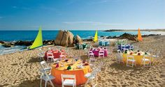Tee off and celebrate on beachfront at Hilton Los Cabos Beach & Golf Resort.