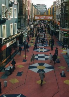 Carnaby Street photographed in the Vintage London, Old London, Old Photos, Vintage Photos, Mary Quant, Sixties Fashion, Mod Fashion, Swinging London, Carnaby Street