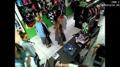 Active Style je veľmi slávny a populárny on - line obchod v Slovensko . Tu nájdete len značkové športové oblečenie , obuv a doplnky . Niektoré slávne značky je Puma , Everlast , Adidas , Lonsdale . https://vimeo.com/121130566 #MikinyEverlast #TričkoEverlast #NohaviceEverlast #ObuvEverlast #Lonsdaleoblečenie #Lonsdaleobuv #LonsdaleMikiny