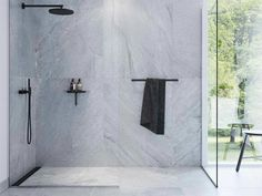 How To Incorporate Walk In Shower Design Into A Modern Bathroom Suite Grey Bathrooms, Small Bathroom, Master Bathrooms, Bathroom Ideas, Bathroom Black, Bathroom Inspo, Bathroom Interior, Shower Tub, Shower Heads