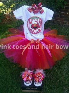 Elmo tutu set with matching shoes!   Www.etsy.com/shop/pinktoesandhairbows