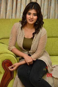 Indian Actress Hot Pics, South Indian Actress, Beautiful Indian Actress, Beautiful Actresses, Indian Actresses, Indian Girl Bikini, Indian Girls, Cute Kids Photography, Girl Couple