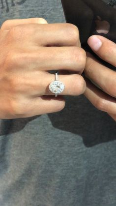 Raven Fine Jewelers, Moissanite Rings, Custom Engagement Rings, Diamond Halo, Beverly Hills, Anniversary Rings, Bridesmaids, Cancun, Texas, Australia, NYC, Florida, Vegas, Paris, Colorado, California