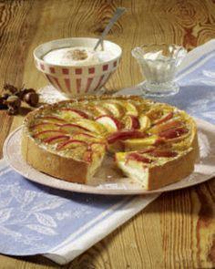 Apfel-Haselnusskuchen Rezept --  Find German recipes on www.mybestgermanrecipes.com