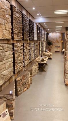 Contact met The Flagstone Company Vaassen - Steenstrips en Flagstones Stone Wall Design, Brick Design, Door Design, Exterior Design, Home Room Design, Interior Design Living Room, Interior Decorating, Stone Cladding Exterior, Mediterranean Homes Exterior
