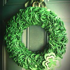 St Patrick's Day wreath!! Great job Jennifer Lang!! :)