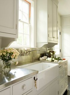 Planning our DIY kitchen remodel— options for apron-front, farmhouse sinks... and why I decided AGAINST FIRECLAY.