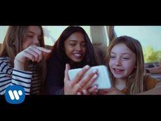"""Kids United - """"Des ricochets"""" [Clip Officiel]  https://www.youtube.com/watch?v=yKY021uwqFI      #Musique #Son #Audio #Telecharger #Ecouter #Gratuit #Actu #Chanson #Clip #Music #Video #MP3 #Pub #Album #Single #EP"""