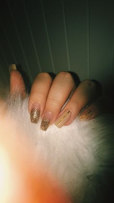 Coffin nails, glitter, nude, lines, gold, sparkle, long nails