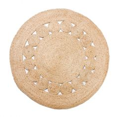 ARRO Home: 100% jute round rug with decorative woven circle detail. Dimensions: 100cm x 100cm.