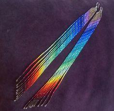 Maui Swan Designs Super longue « Rainbow Maui » graine perle épaules épousseter les boucles d