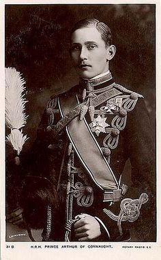GREAT-GRANDSON OF QUEEN VICTORIA and ALBERT: Prince Arthur of the UK's son Prince Arthur of Connaught and Princess Louise Margaret of Prussia.