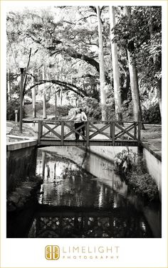 Historic Roser Park, St. Pete, Kiss, Engagement shoot, kiss, fiance, outdoor, outdoors, nature, portrait