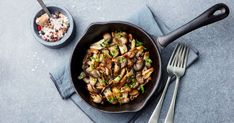 Roasted Portobello, Shiitake, and Crimini Mushrooms Stuffed Mushrooms, Stuffed Peppers, Portobello, Healthy Salads, Healthy Recipes, Shiitake, Chicken Spaghetti, Veggies, Vegetables