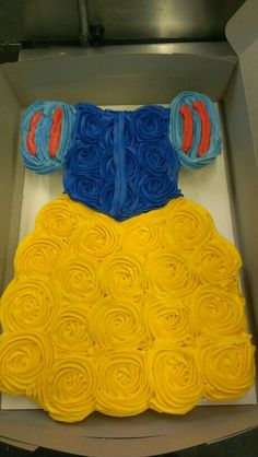 "Princess dress cupcake cake -- for requested ""Aurora"" 4th birthday cake?"