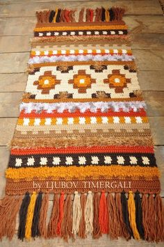 Crocheted rug Wool Area Accent Warm Thick Decorative Ethnic Tapestry Wool Wall Hanging Rustic Eco Cozy Home Decor Bedroom Floor Covering Rug Wool Area Rugs, Wool Rug, Knit Rug, Crochet Rugs, Crochet Cord, Wool Wall Hanging, Carpet Styles, Floor Decor, Rugs On Carpet