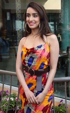 Bollywood Actress Hot Photos, Indian Bollywood Actress, Bollywood Girls, Beautiful Bollywood Actress, Beautiful Indian Actress, Indian Actresses, Bollywood Stars, Hot Actresses, Sraddha Kapoor
