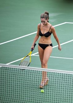 jennifer-love-hewitt-bikini-candids-in-hawaii-21.jpg (980×1382)