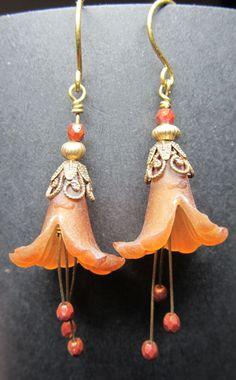 Lucite Flower Earrings by LittleHillJewelry on Etsy