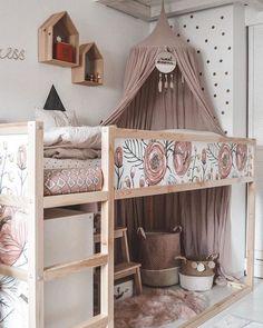 Ikea Kura hack by Maren Pederson.maria Ikea Kura hack by Maren Pederson.maria The post Ikea Kura hack by Maren Pederson.maria appeared first on Ikea ideen. Bedroom Loft, Bedroom Decor, Ikea Girls Bedroom, Small Girls Bedrooms, Small Childrens Bedroom Ideas, Decor Room, Unisex Bedroom Kids, Bunk Bed Decor, Bunk Bed Tent