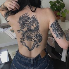 Forarm Tattoos, Dope Tattoos, Badass Tattoos, Finger Tattoos, Body Art Tattoos, Tatoos, Tattoos On Foot, Full Body Tattoos, Hip Thigh Tattoos