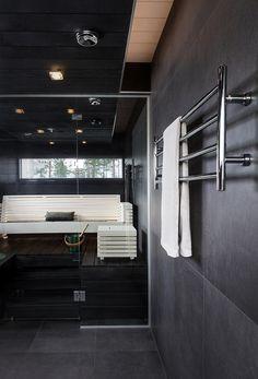 REJ Design Largo EH 120404 #kotimainentuote  #avainlipputuote  #finnishdesign  #towelrail  #pyyhekuivain  #rejdesign  #kuivauspatteri Bathtub, Bathroom, Spa, Design, Home Decor, Google, Standing Bath, Washroom, Bathtubs