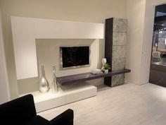 parete attrezzata - Google'da Ara Living Room Tv, Living Room Modern, Home And Living, Living Room Designs, Tv Wall Decor, Tv Unit Design, Family Room, New Homes, House Design