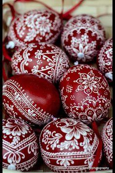 Henna Easter eggs