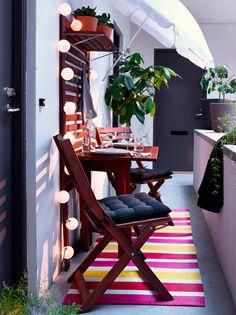 Der Balkon – kleiner balkon gestalten als unser kleines Wohnzimmer im Sommer Source by The post Der Ikea Outdoor, Small Outdoor Spaces, Outdoor Dining Set, Outdoor Living, Outdoor Decor, Dining Sets, Dining Room, Ikea Patio, Small Spaces