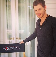 HOLY HOTNESS!! Joseph Morgan on set! http://sulia.com/channel/vampire-diaries/f/134ea4a7-8f9b-4dd6-980e-3d421406e550/?pinner=54575851
