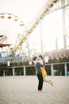 A pop of yellow to brighten up this beautiful Santa Monica beach engagement session!