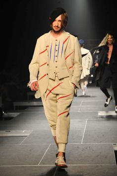 TAKEO KIKUCHI Fall Winter 2015 Otoño Invierno #Trends #Tendencias #Menswear #Moda Hombre | メルセデス・ベンツファッション・ウィーク東京