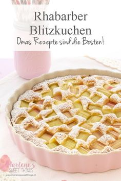 You just have to love this rhubarb cake. Briefly stir the ingredients together and spread the rhubarb over them and he goes into the oven. De … – Recipes And Desserts Cake Mix Recipes, Pastry Recipes, Dessert Recipes, Best Pancake Recipe, Rhubarb Cake, Gateaux Cake, Different Cakes, Spring Recipes, Food Cakes