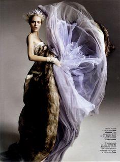 Vogue Portugal - 09 - Photographer: Marcin Tyszka